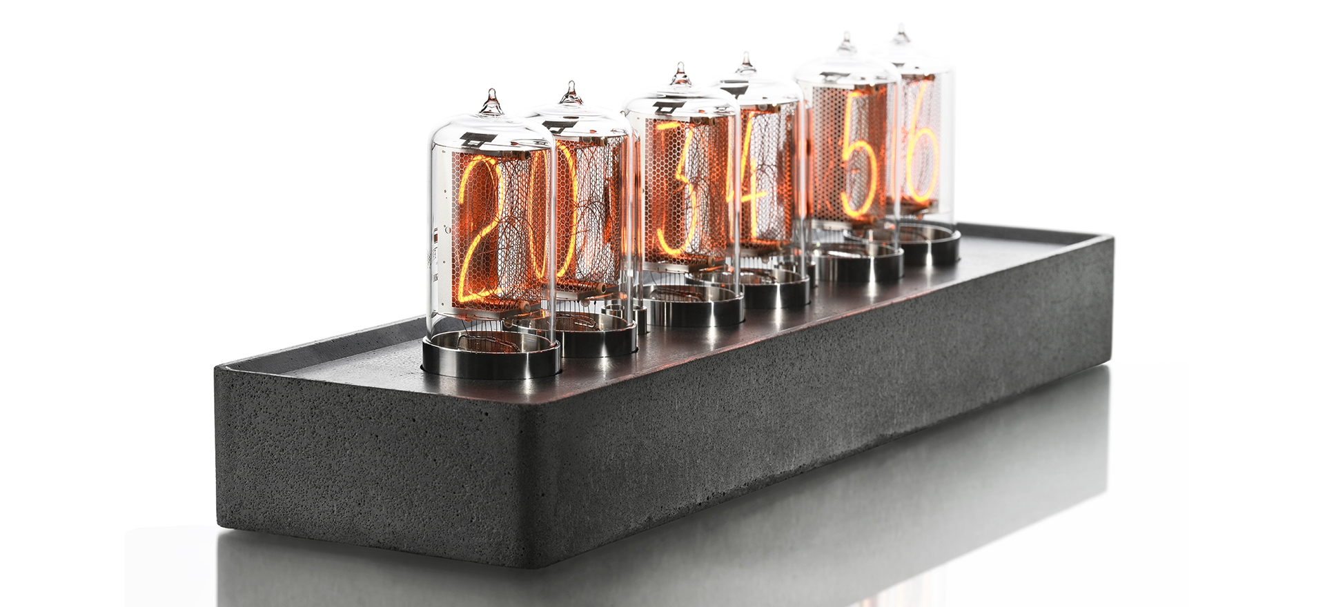 <b>NIXIE CLOCK</b>